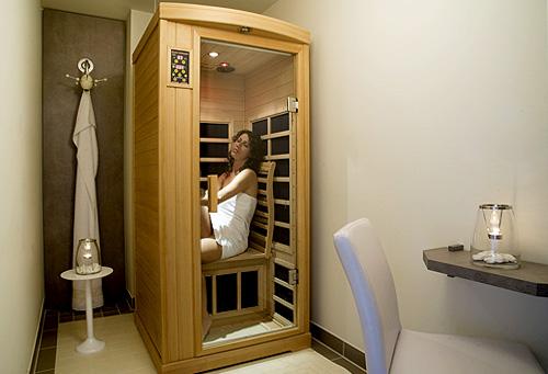 infrarotkabine im luxusappartement ferienwohnung in warnem nde haus lagune. Black Bedroom Furniture Sets. Home Design Ideas